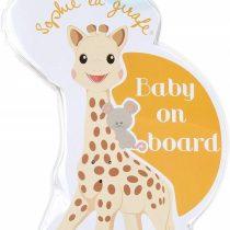 0014476-sophie-la-girafe-have-baby-in-car