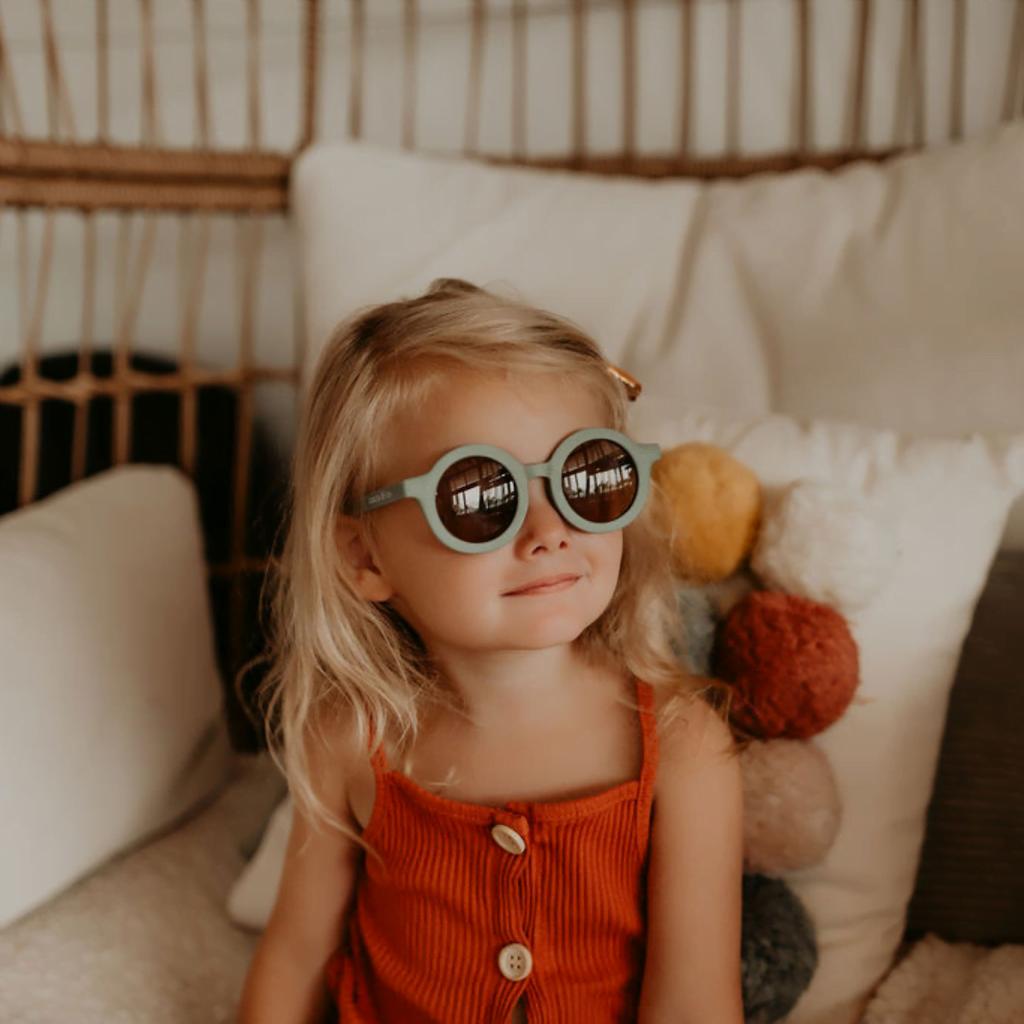 Grech_co-sunglasses-uv400-lightblue-girls-boys-unisex-baby-closeup