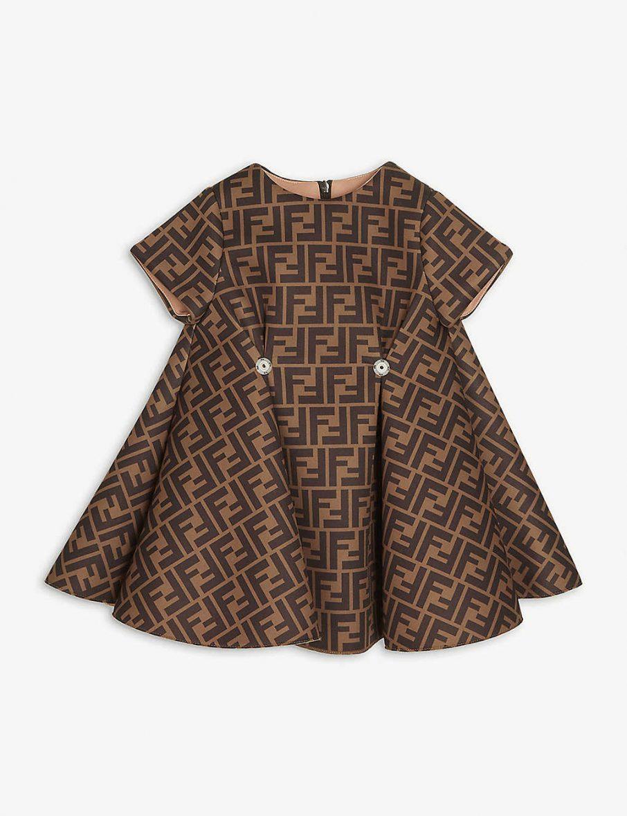 Fendi – FF baskılı çıkarılabilir fiyonklu dokuma kız çocuk elbise 6-24 ay